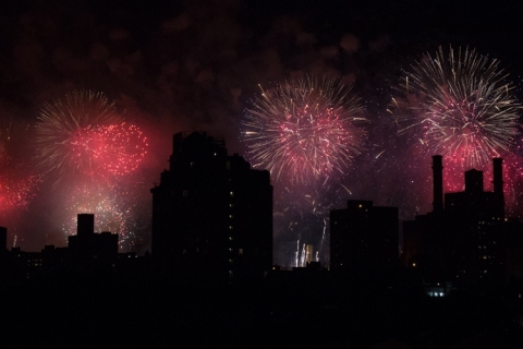 Fireworks-NYC-4th-of-Independence